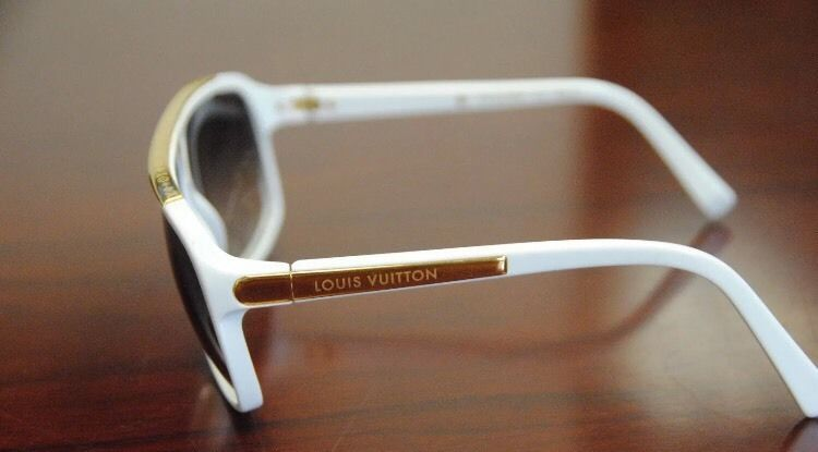 Louis Vuitton Evidence Sunglasses White/Gold BRAND NEW BOXED