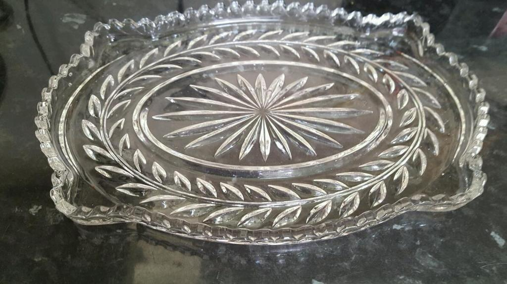 Glass dressing table dish