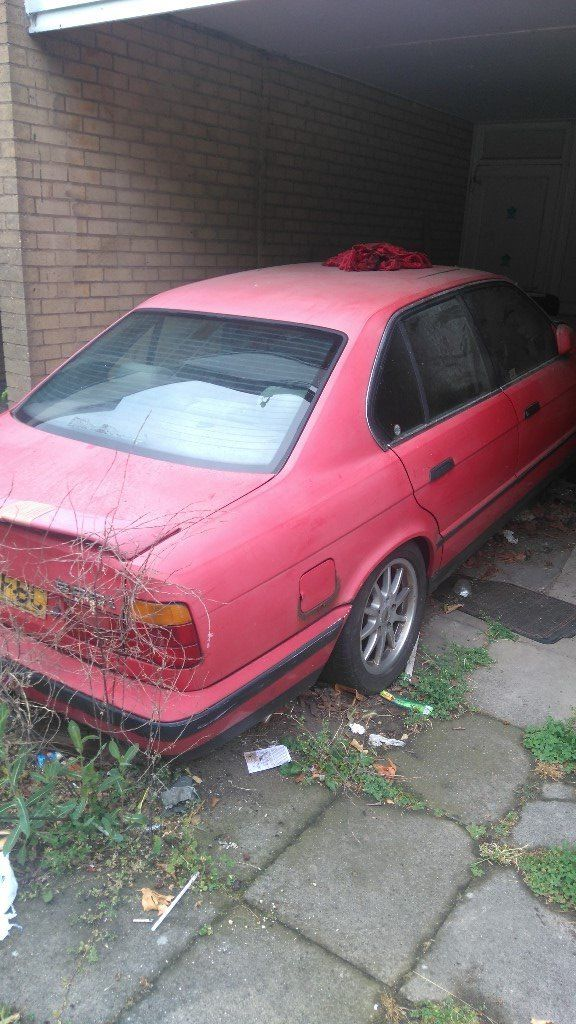 BMW 520i saloon red spares or repair