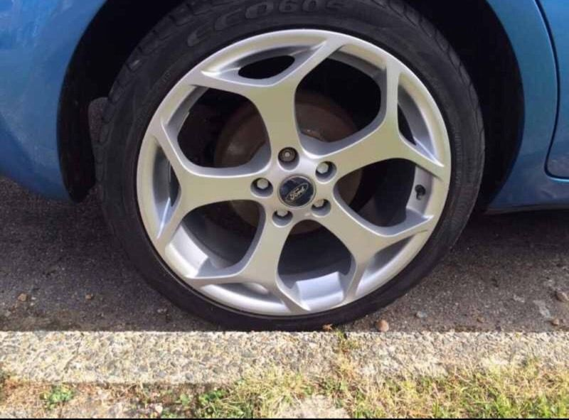 Wanted !!! Nice set of ford 5 X 108 alloys !!!