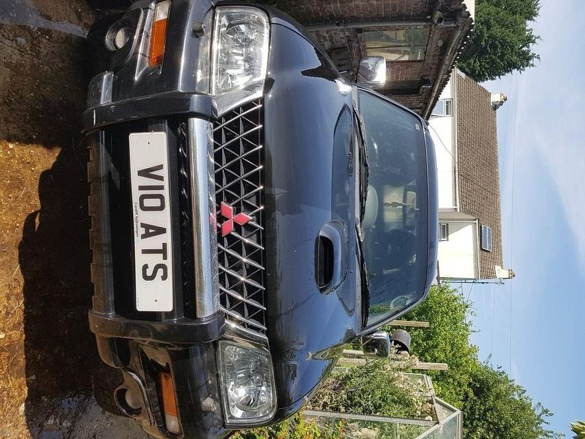 l200 warrior full leathers ,e/w, towbar, mot etc