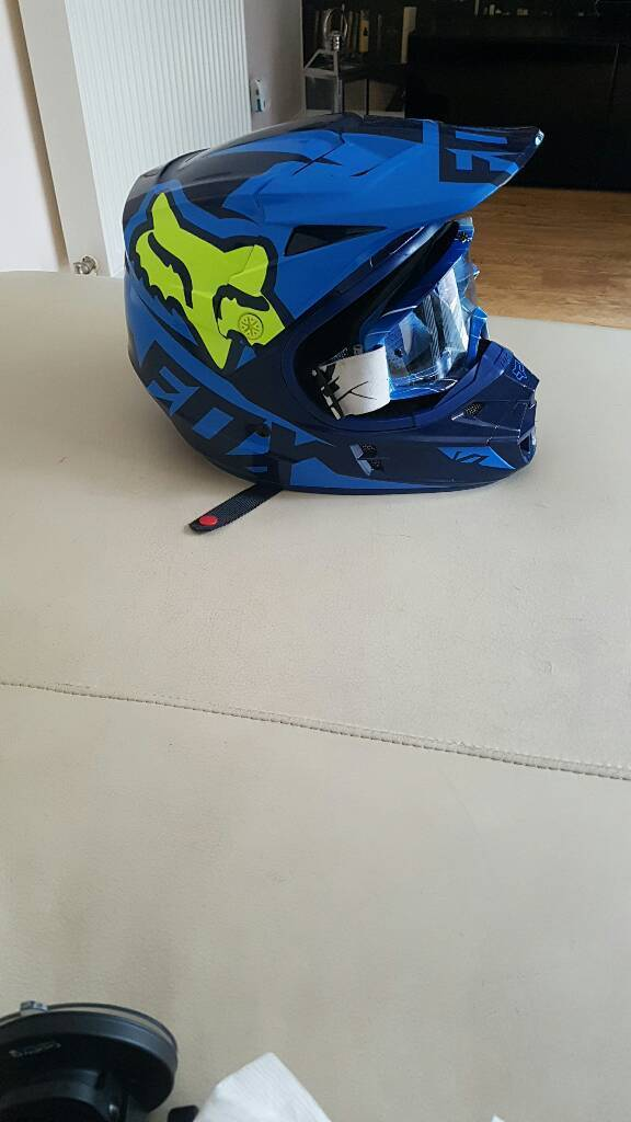 Fox mx helmet and goggles like new