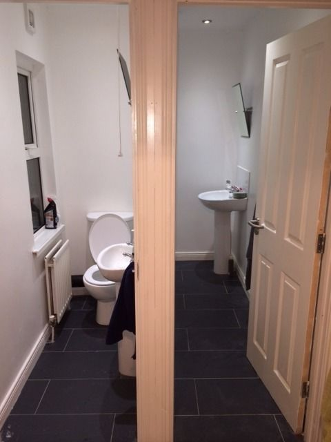 2 Double rooms to rent in Dunluce Avenue. Close to QUB, Lisburn Road, MBC and City Hospital