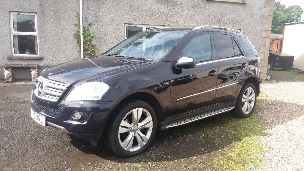 Mercedes-Benz ML300 Blue Efficiency Sport CDI