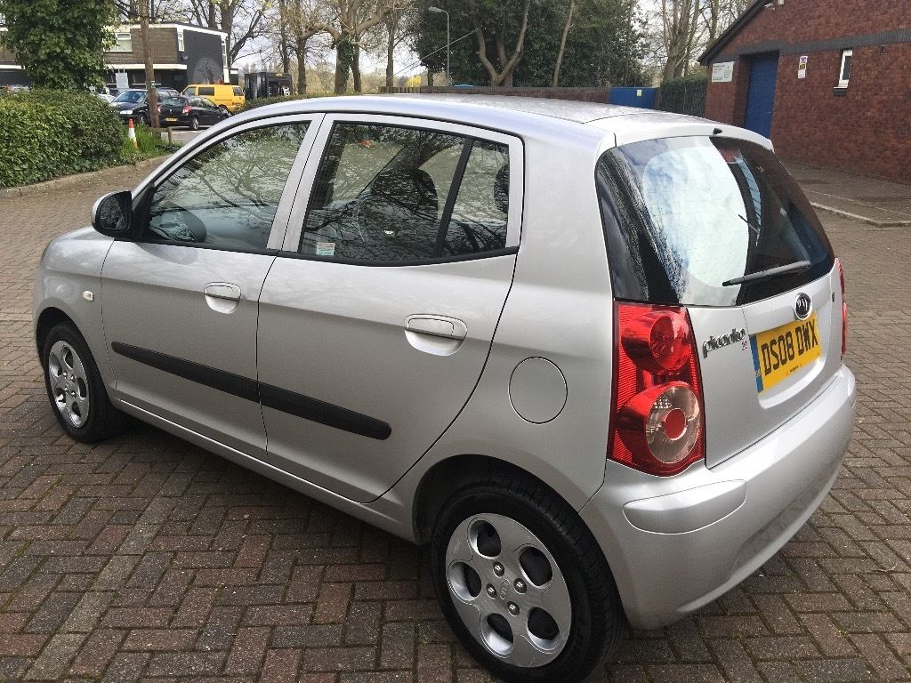 KIA Picanto 1.1 5dr in Silver 2008 Great Value for Money
