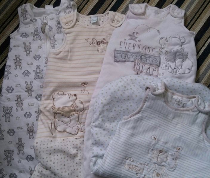 Unisex baby sleep suits