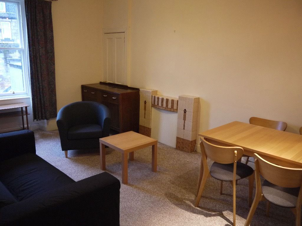 Large Double Rooms For Rent