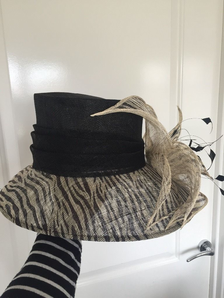 Wedding hat Ex Brodie Countryfare