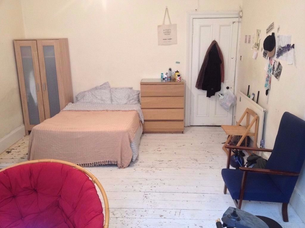 Large Room 280/month, 5-mins from University and City-Centre, Woodlands, West End, Glasgow
