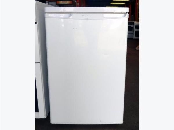 Freezer Slimline Upright Type With 4 Pull Out Drawers In Excellent Working Condition