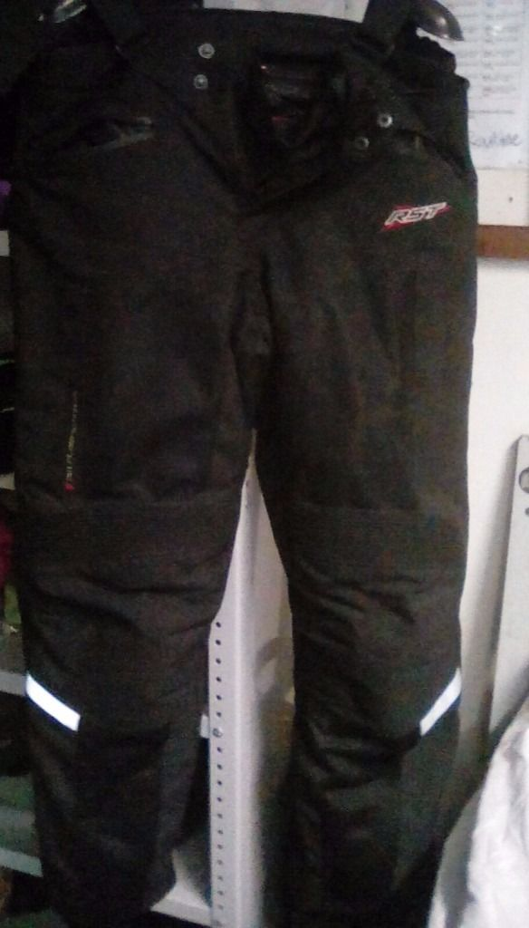 Motorbike trousers and jacket