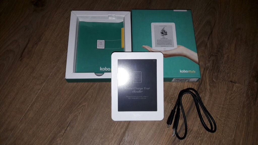 Kobomini with charger and case - *** in excellent condition ***