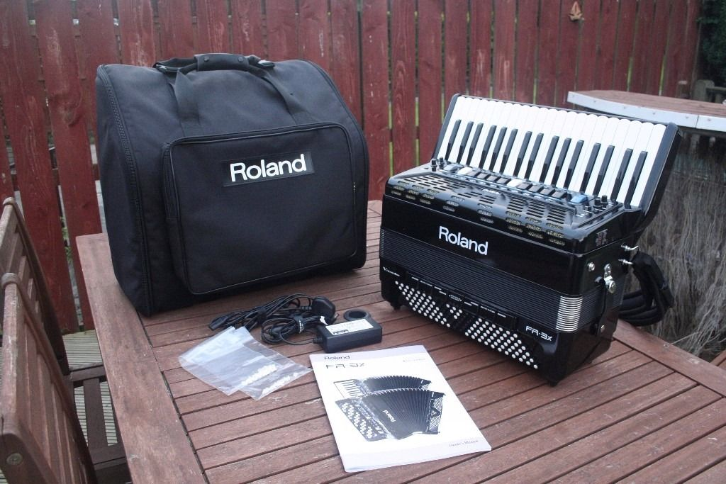 Roland FR3-X V-Accordion. Immaculate, as new.