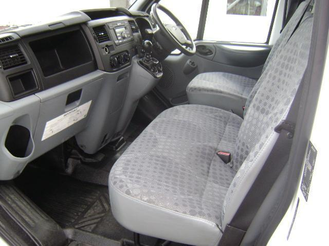Ford Transit 2.2TDCi ( 100PS ) ( EU5 ) 300M Entity ( Low Roof ) 300 MWB