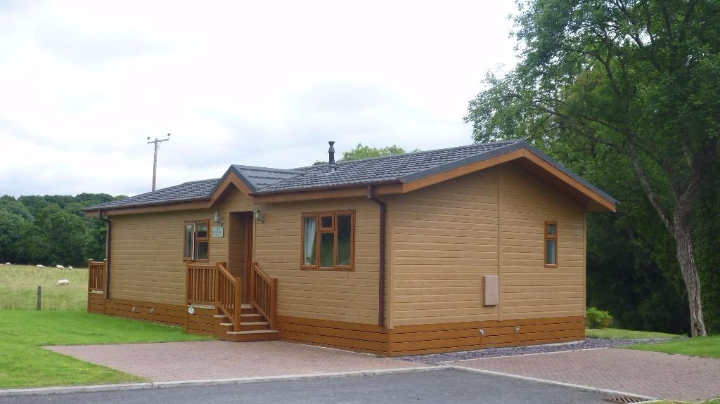 LUXURY HOLIDAY LODGES AT ITHON VALLEY LODGE PARK