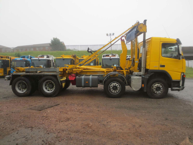 2008 - 08 - VOLVO FM 400 8X4 32TON BROUGHTON HOOK LOADER (GUIDE PRICE)