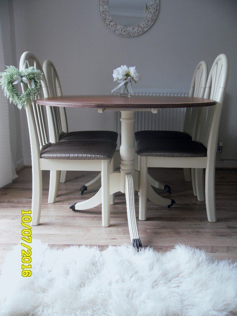 **OVAL DINING TABLE WITH 4 CHAIRS - BEAUTIFULLY RESTORED IN SHABBY CHIC STYLE**
