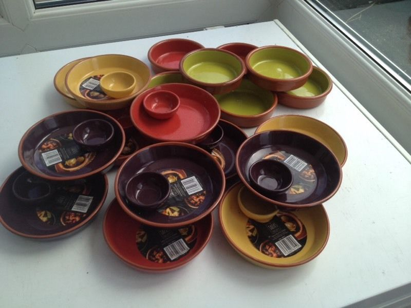 Set of 25 tapas bowls brand new