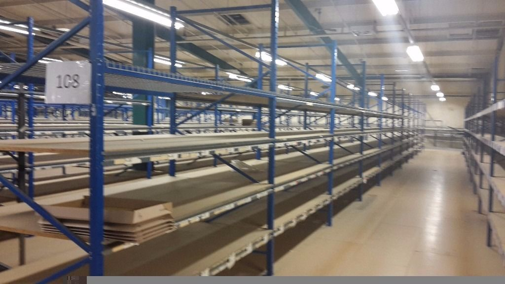 Industrial racking large quantities available