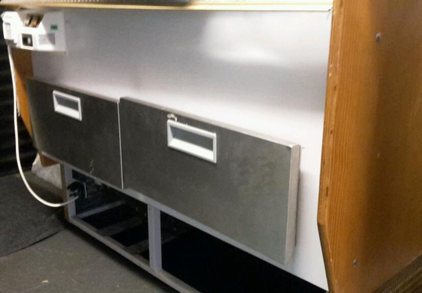 Patisserie Display Counter. 4ft x 4ft