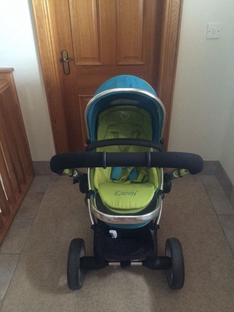 Icandy peach pushchair, carry cot and car seat
