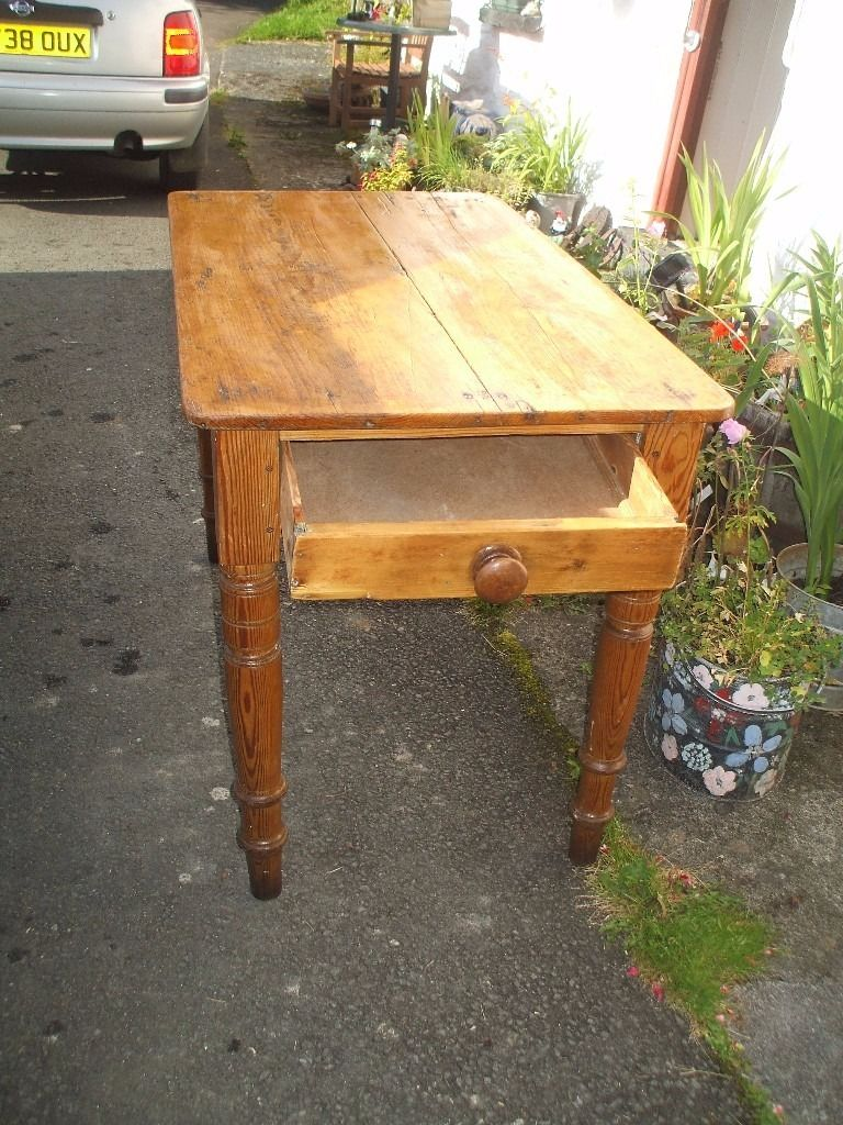 Lovely Rustic Old Pitch Pine Table