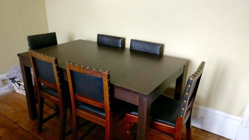 Extendable dinning table with 6 chairs