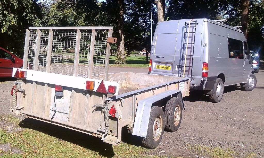Priced for quick sale, Ifor Williams GD105G/DR twin axle trailer 2000kg, 10 x 5 with loading ramp