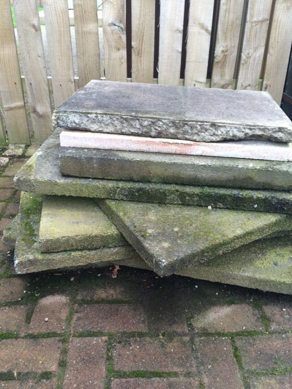 Large paving slabs (flagstone)