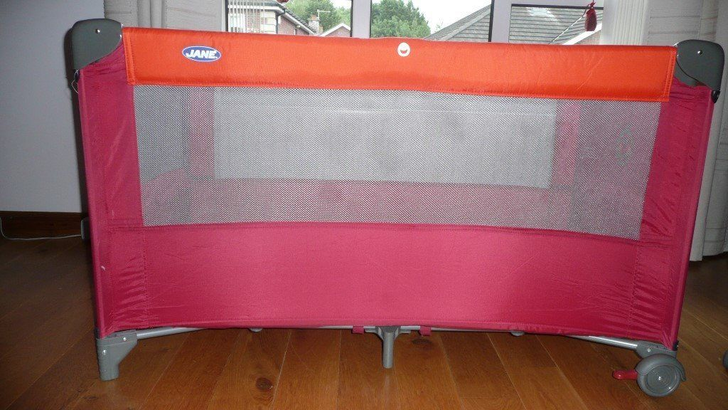Jane Travel Cot