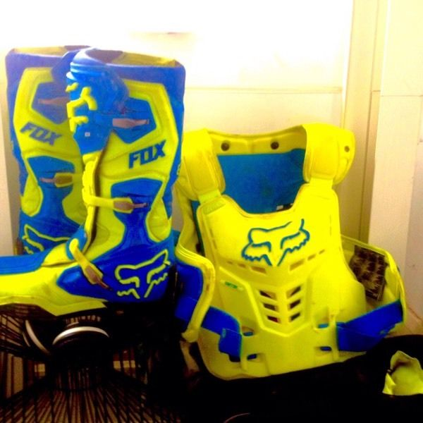 Fox comp 8 boots fox body armour