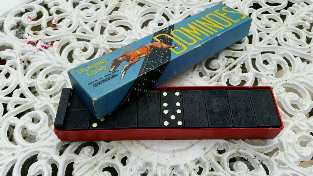 Vintage boxed dominoes