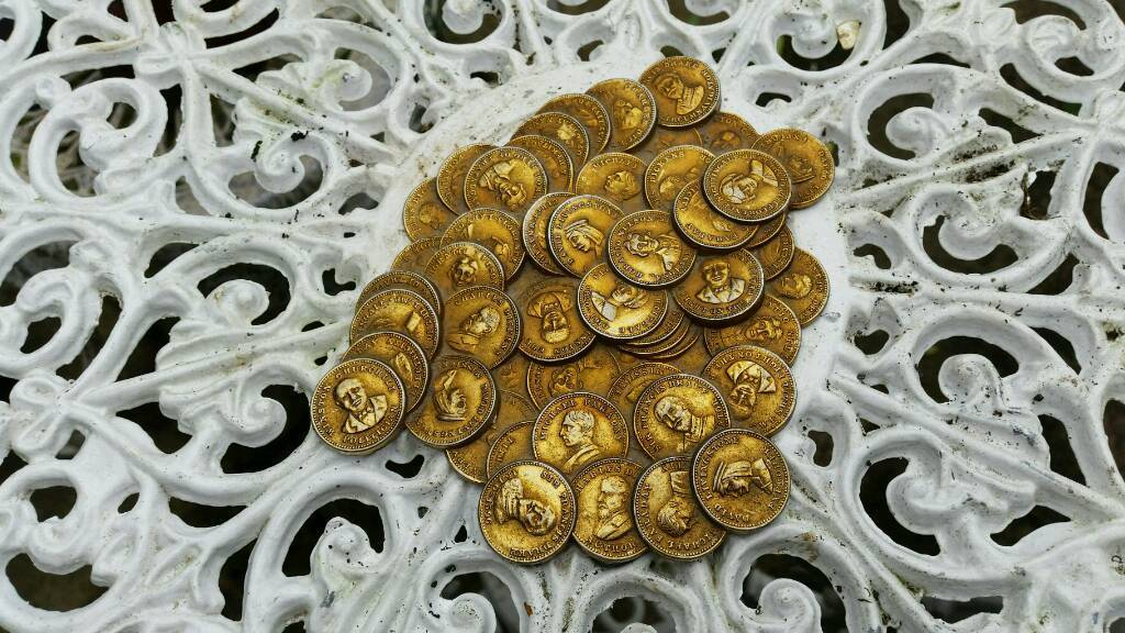 Pile of coins?