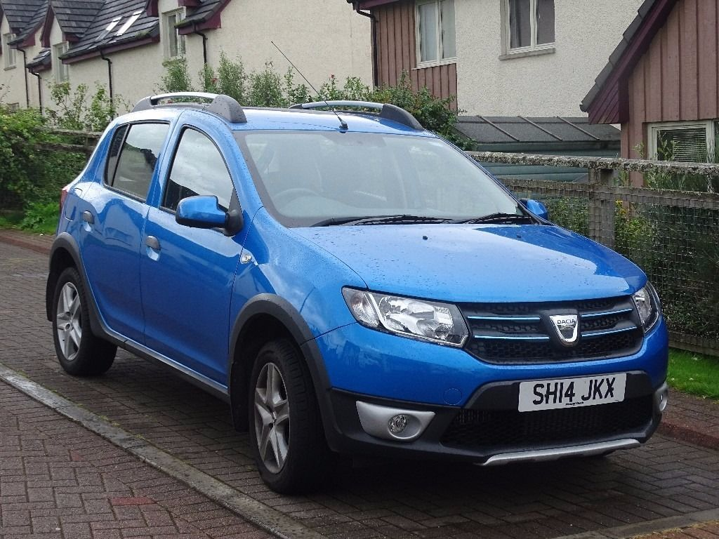 2014 Dacia Sandero Stepway Laureate 1.5 DCi, average 70mpg, fab car
