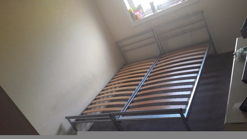 Jay-be metal single bed with single roller bed