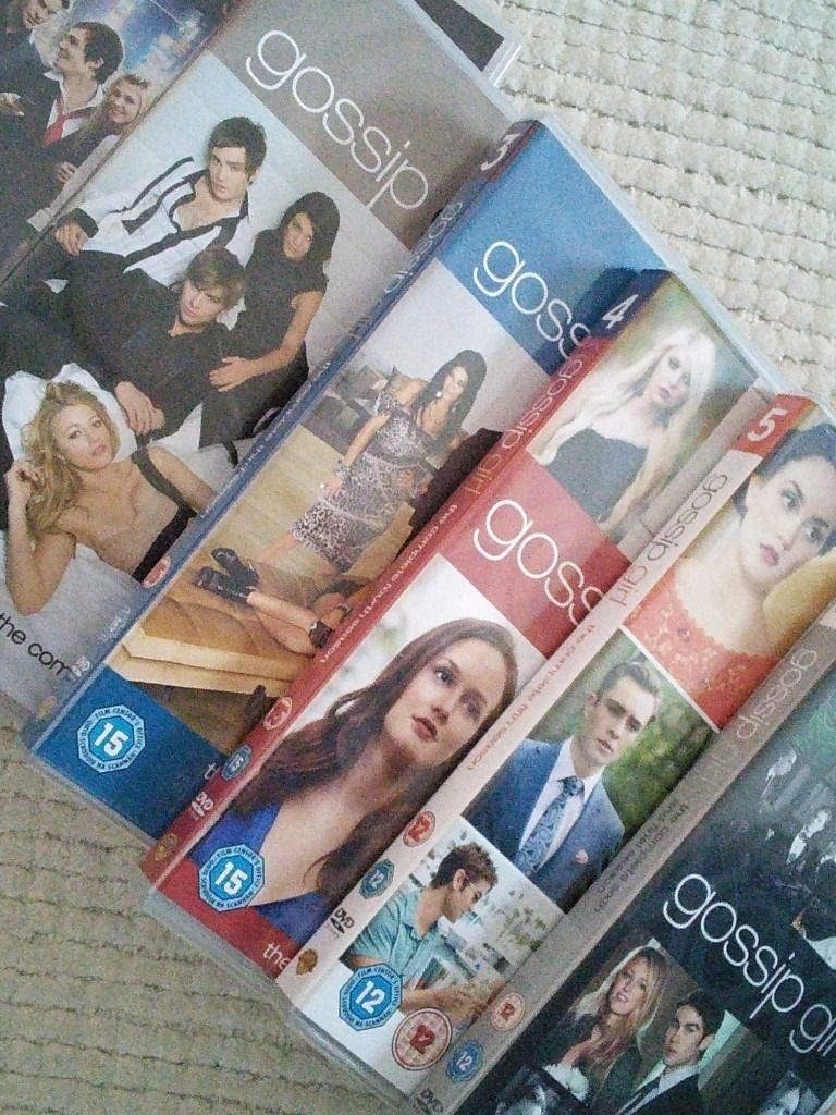 Gossip Girl dvd box set of the complete series, seasons one to six.