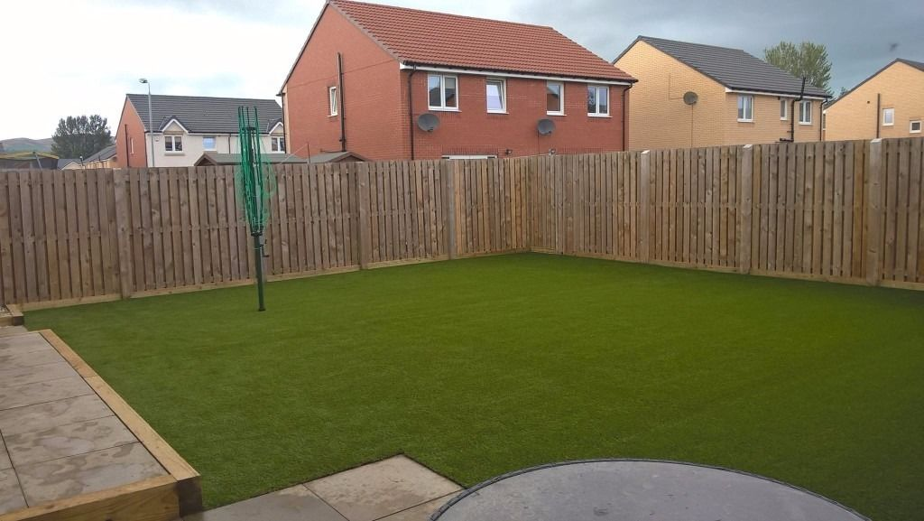 scotia grass- artificial grass supply &installation Glasgow ,man & micro digger hire landscaping