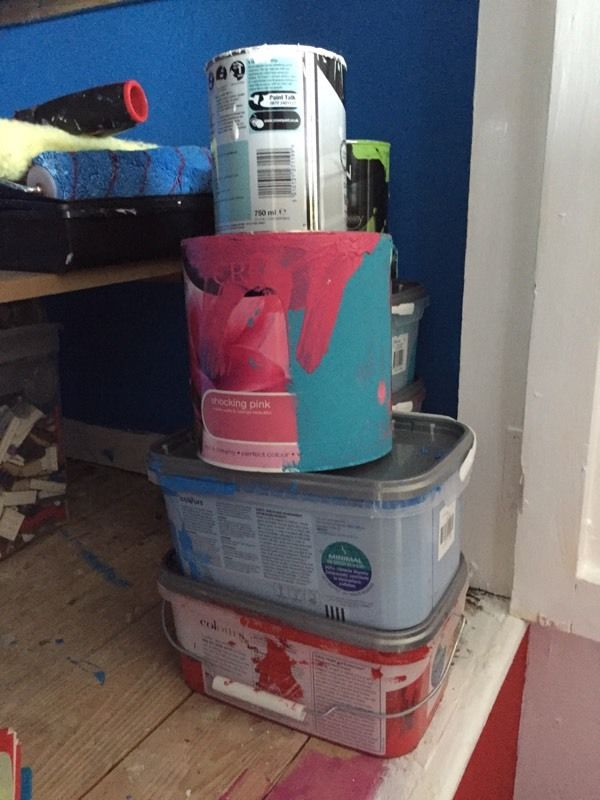4 tins of paint *USED*
