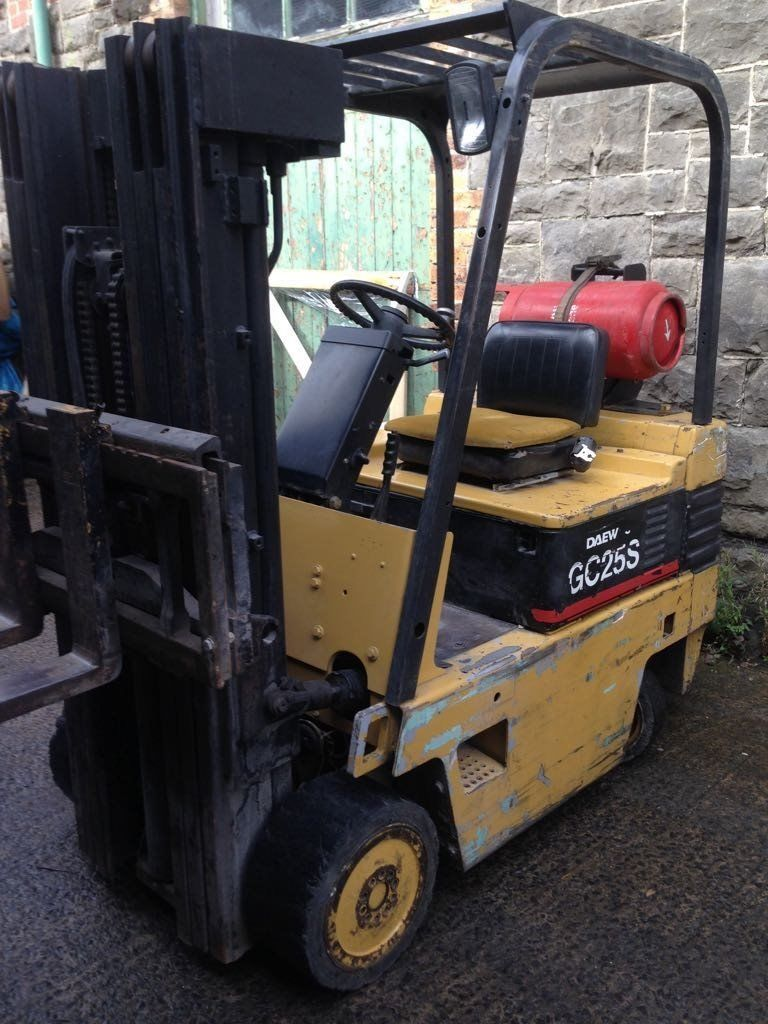 Daewoo Container Spec 3 Tonne Forklift (Gas)