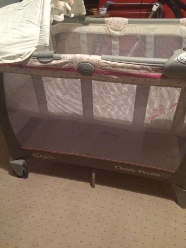 Travel cot , never been used