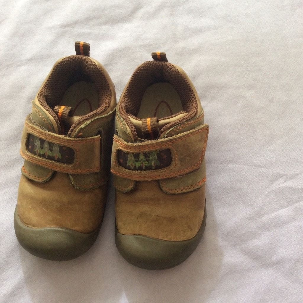 Baby shoes size 5 start-rite