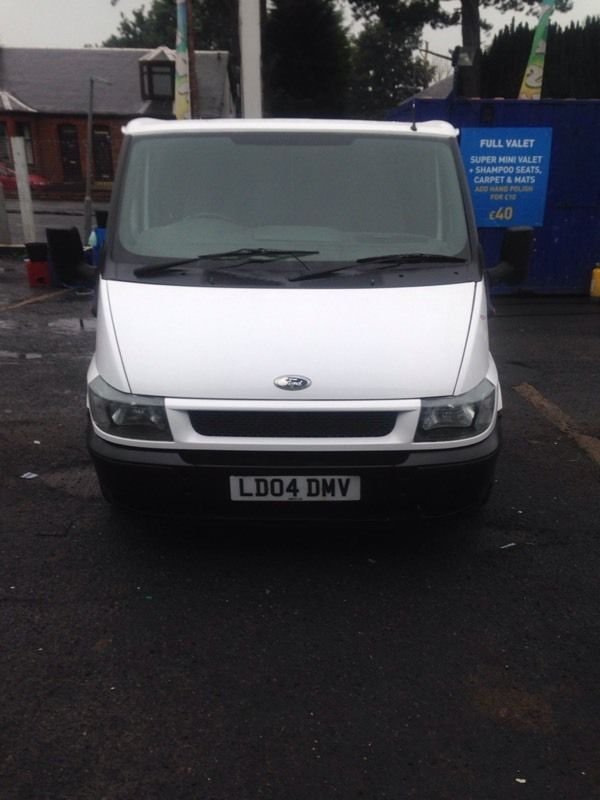 ford transit for sale 04 reg (kilmarnock)1 years mot 119 on the clock very clean service 2 keys