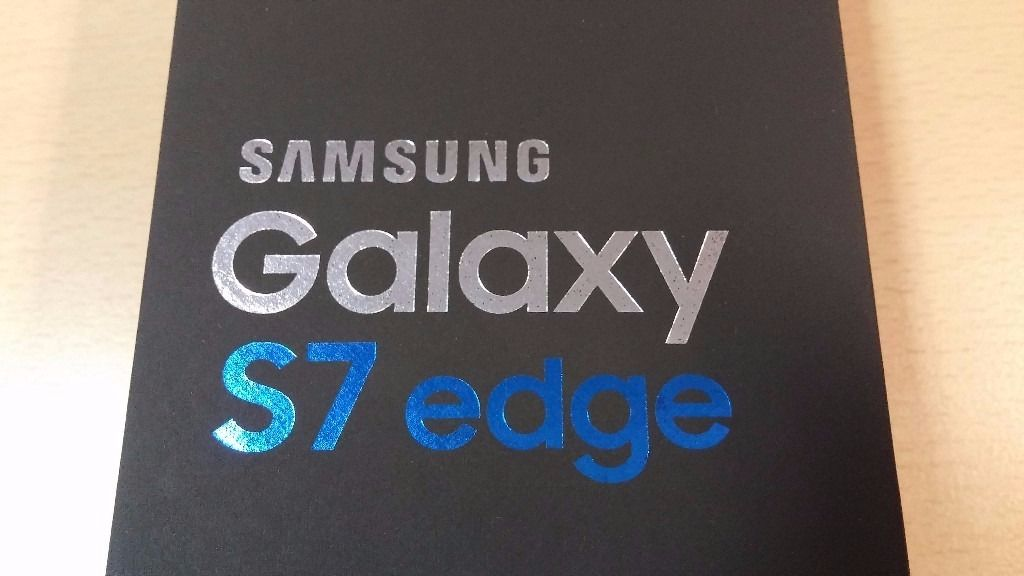 Samsung Galaxy S7 Edge 32gb Gold Unlocked - US model - Immaculate