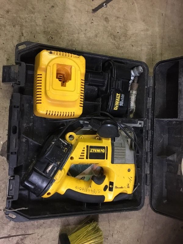 Dewalt battery jig saw