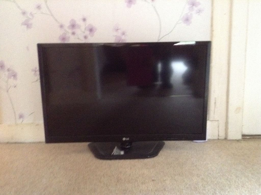 LG 25 Inch Smart TV Brand New without Box