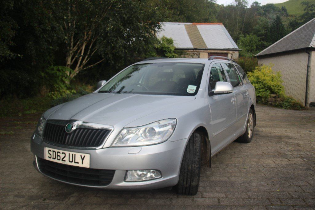 Skoda Ocvtavia Ambiente with tow bar and spare alloy wheel, Road taxed and mot'd till Sept 2017.