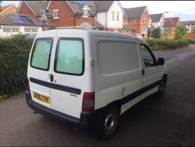 Citroen berlingo 1.9 diesel 1 year mot no advisory new t/belt 06reg