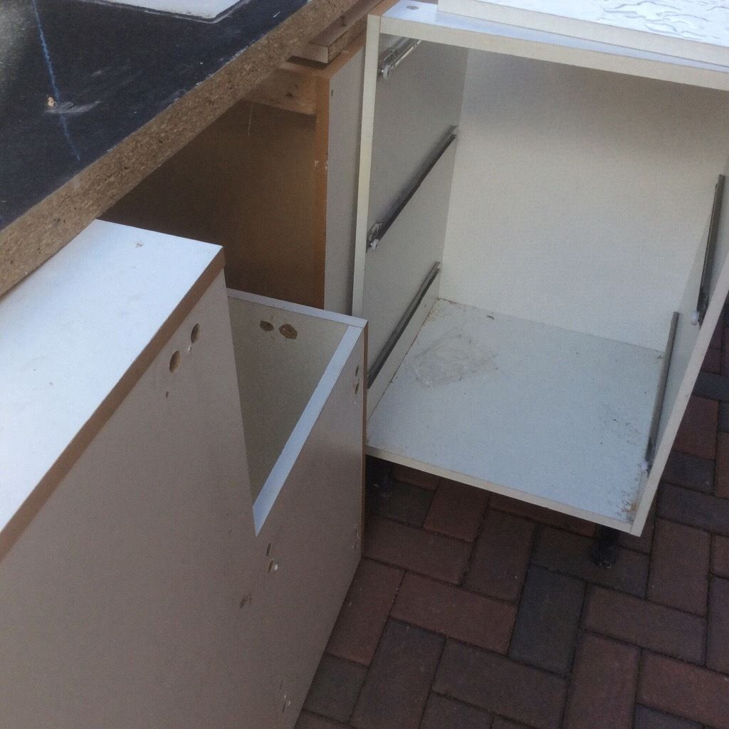 Kitchen cupboard carcasses
