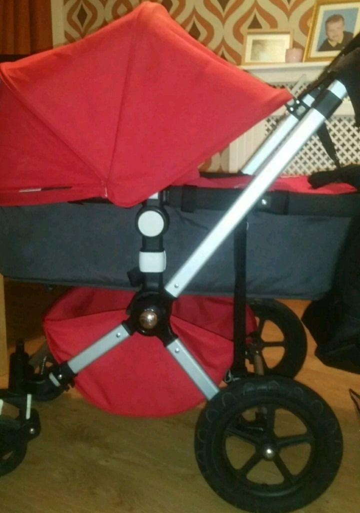 Bugaboo chameleon 2 full travel system with lots of extras