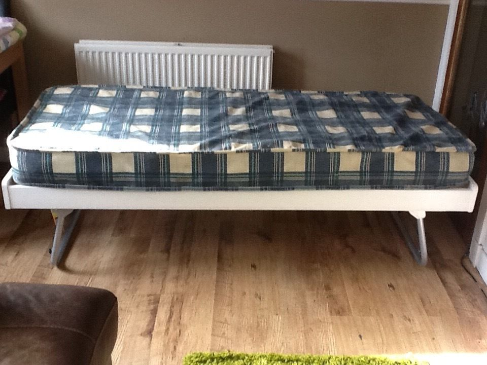 Single Trundle Bed with Mattress